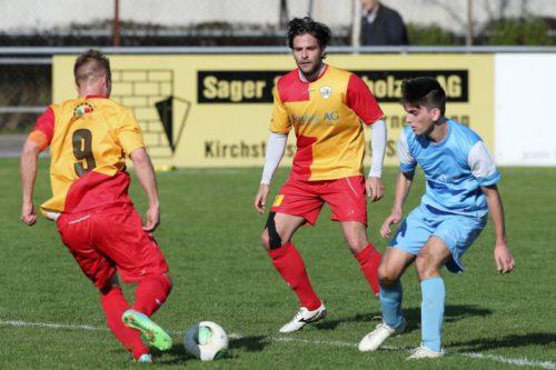 FC Bischofszell (gelbrot) gegen AS Calcio Kreuzlingen, 2. Liga Gruppe 2  auf der Sportanlage Bruggfeld Bischofszell am Samstag 18. April 2015 (FOTO GACCIOLI KREUZLINGEN)